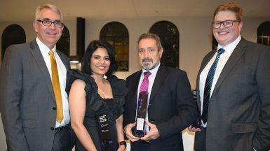 Researchers receive award