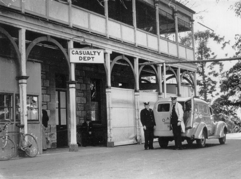 1939 Original casualty department