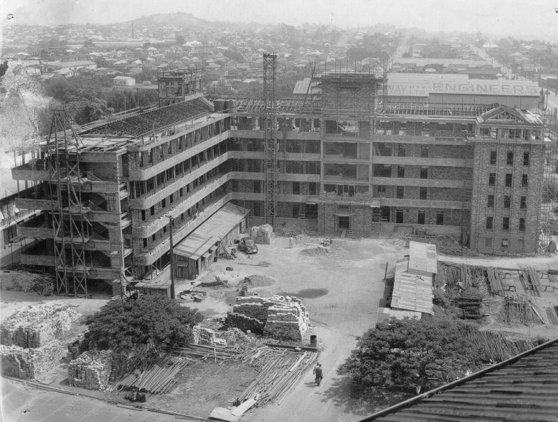 1950 Construction of nurses quarters