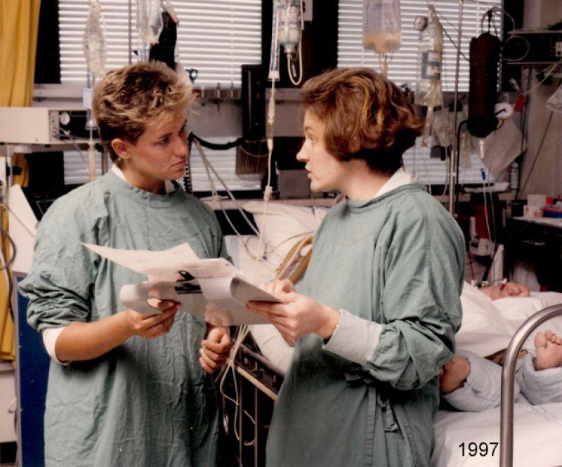 1997 Nurses in intensive care