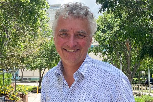 Professor Michael Schuetz